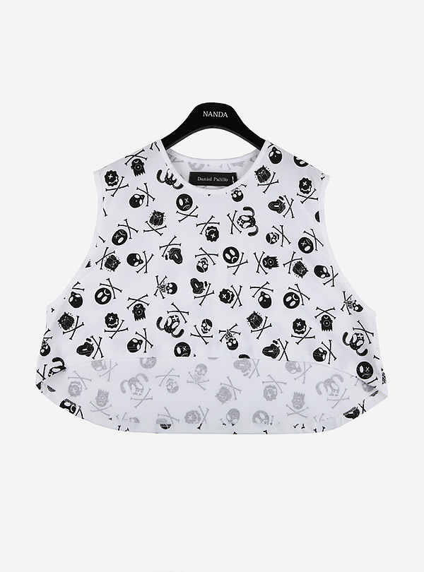 FACES PRINT CROPPED TOP